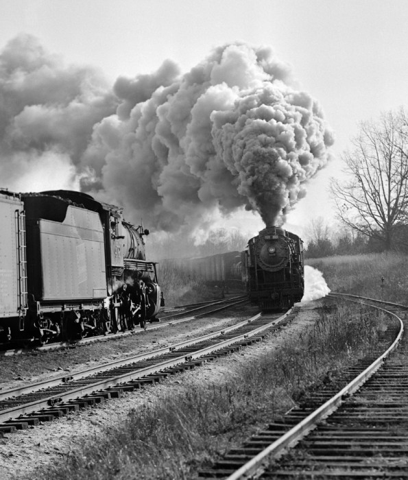 Central Vermont Railway extra 464 north meets extra 472 south, Amherst, Massachusetts, 1954